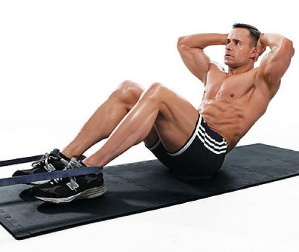 Gập bụng là bài tập giảm mỡ bụng cho nam giới hiệu quả