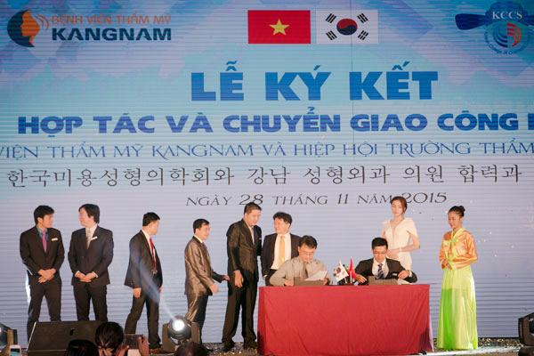 Kangnam thường xuyên tổ chức ký kết, tiếp nhận chuyển giao công nghệ thẩm mỹ mới nhất
