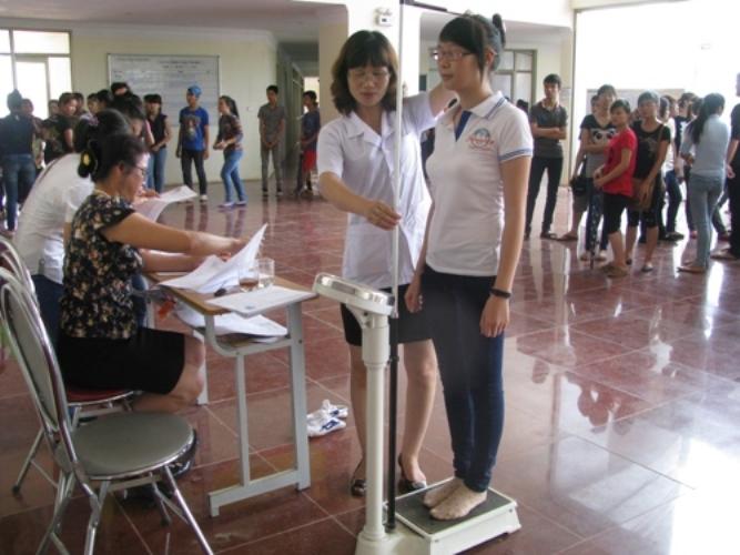 Vóc dáng chuẩn phải dựa vào tỷ lệ chiều cao với cân nặng