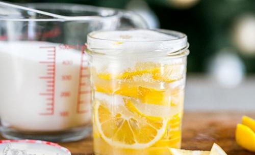 sử dụng nước chanh tươi giảm cân