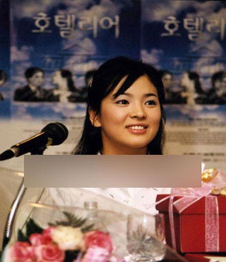 Trước đó Song Hye Kyo sở hữu gương mặt bầu bĩnh