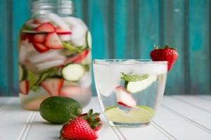 Hướng dẫn cách làm nước detox giảm cân, đẹp da ngay tại nhà