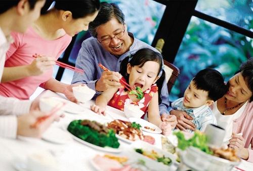 Bí quyết ăn nhiều mà không tăng cân dịp Tết